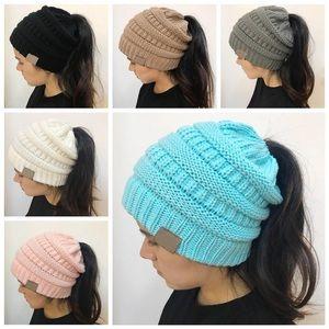 Beanie hole hats!🧢